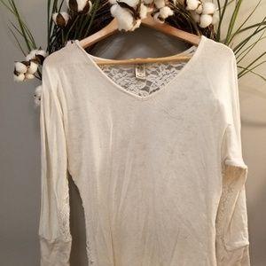Cream 3/4 length oatmeal colored shirt